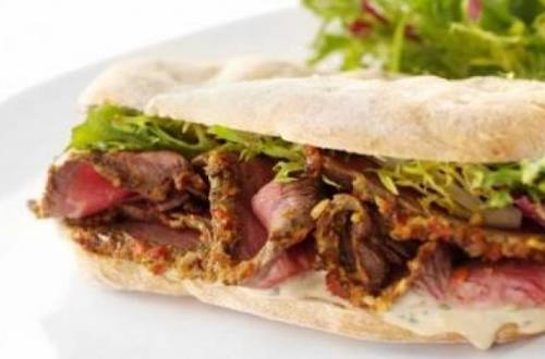 Sandwich de bife de chorizo con hellmann´s