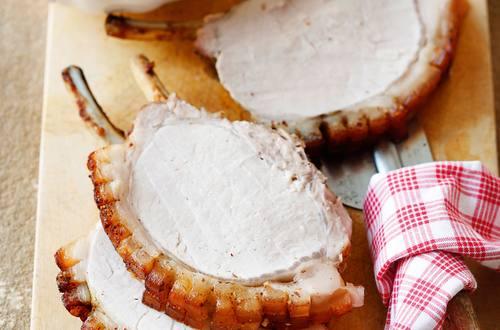 Knorr - Jungschweinskarree mit Maroni-Rotkraut