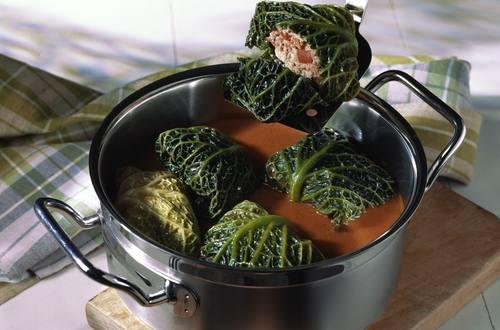 Knorr - Kohlrouladen mit Tomatensauce
