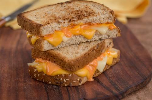 Sándwich loco de queso asado