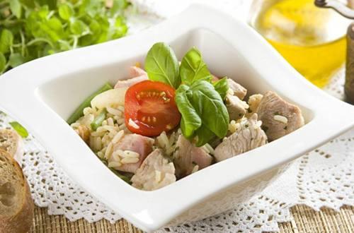 Свиная лопатка с фасолью и рисом