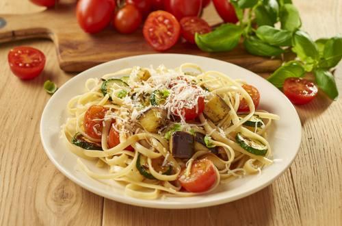 Linguini mit gegrilltem Gemüse