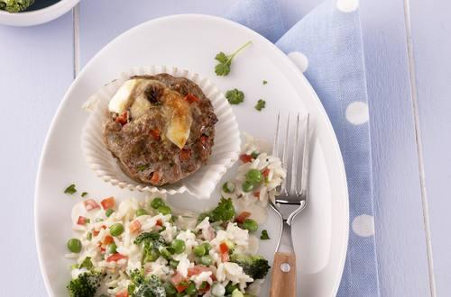 Knorr - Muffins aus Faschiertem und Paprika