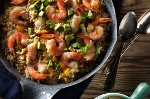 Riz au queso avec crevettes