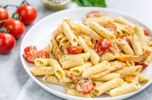Creamy Pesto Pasta and Tomato Salad