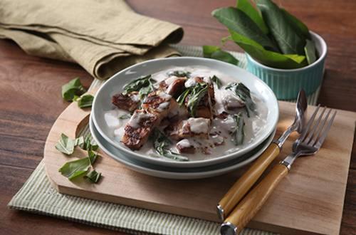 Ginataang Dahon ng kamoteng Kahoy at Liempo Recipe