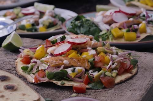 Tacos asados de trucha arco iris