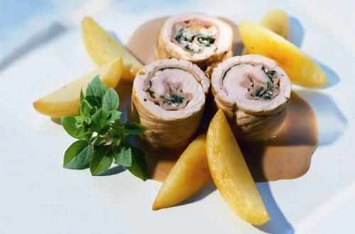 Knorr - Geflügelrouladen mit Roquefort und Schinken