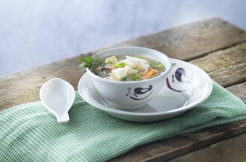 Nudelsuppe mit Tofu.JPG