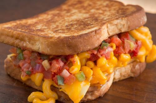 Sándwich asado de macarrones