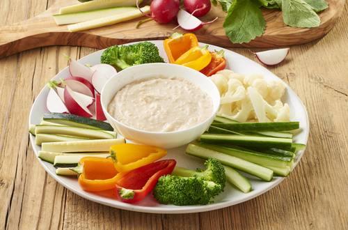 Gemüsesticks mit Dip