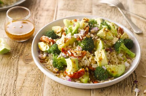 1920x1301_LINE BELL PEPPER GREEN RICE SALAD.jpg