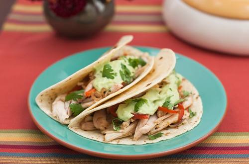 Spicy Chicken Fajitas with Creamy Avocado Sauce
