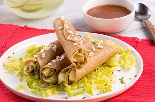 Tacos Dorados de Papitas