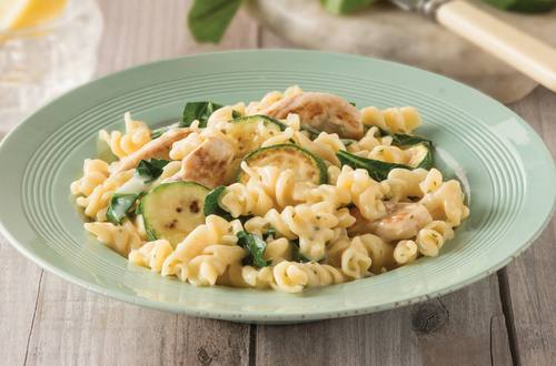 Cheesy Chicken Pasta Recipe with Zucchini & Spinach
