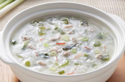 肉絲海鮮粥