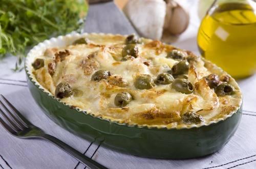 Knorr - Erdäpfelgratin mit Jungzwiebel und Oliven