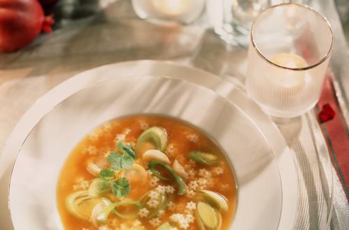 Knorr - Sternchen-Suppe mit Zitronen-Lauch