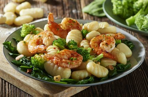GNOCCHI WITH BROCCOLI AND PRAWNS DB