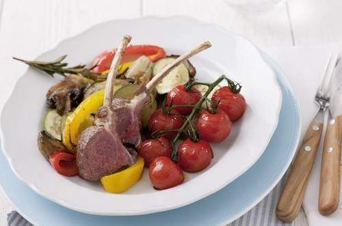 Lammkarree mit mediterranem Gemüse