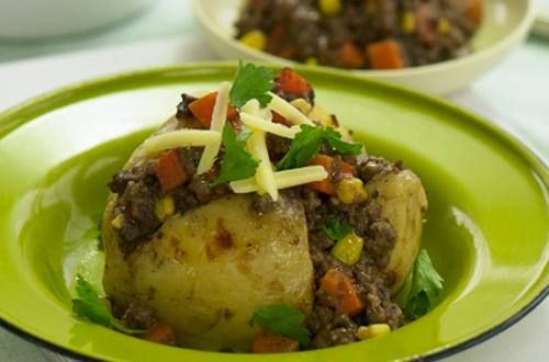 Jacket Potatoes with Beefy Mince