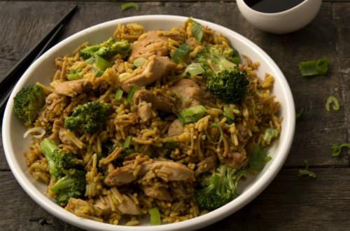Chicken & Broccoli with Garlic-Ginger Rice