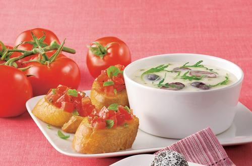 Knorr - Parmesancreme Suppe mit Tomatenbruschetta