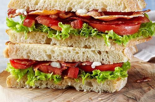BLT Sandwich met Hellmann's