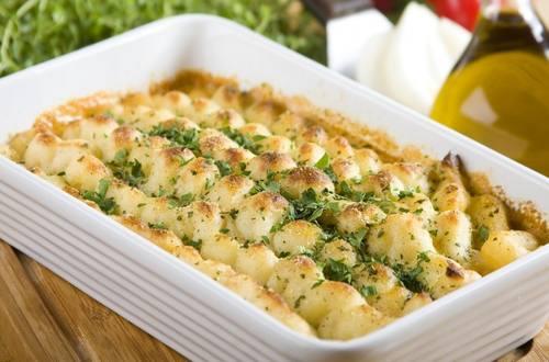 Knorr - Gnocchi-Auflauf mit Schinken und Pilzen
