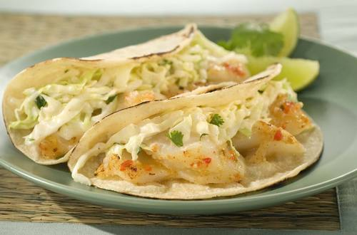 Tacos De Pescado Asado Con Chipotle