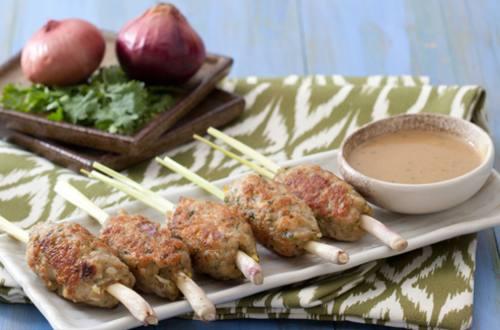 Ground Chicken in Lemongrass Sticks with Chili Peanut Sauce Recipe