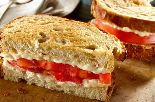 Racer's Tomato Sandwich with Mayo