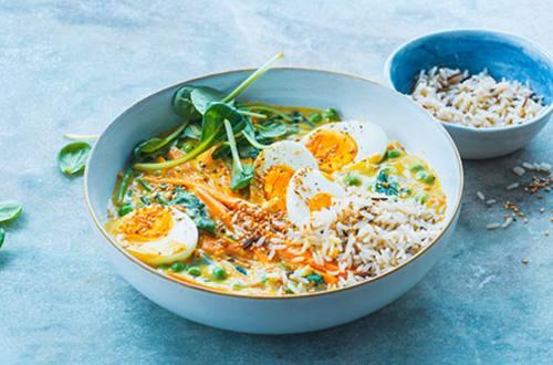 Groente curry met ei