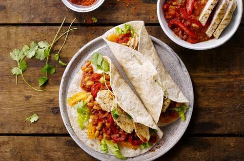 Tortilla's met chili en kip