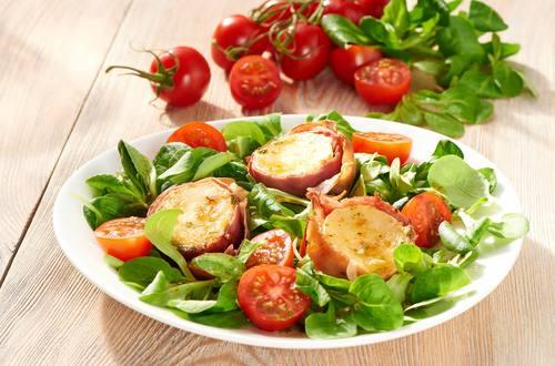 Knorr - Blattsalat mit gebackenem Ziegenkäse