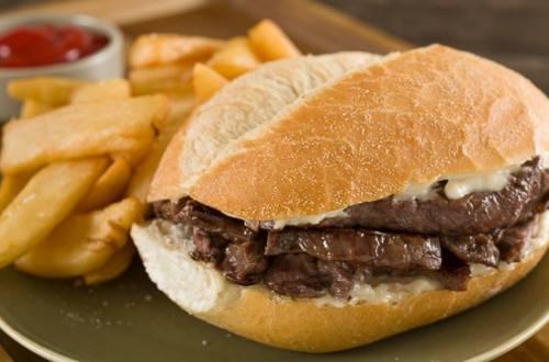 Sandwiches de Bistec Clasicos