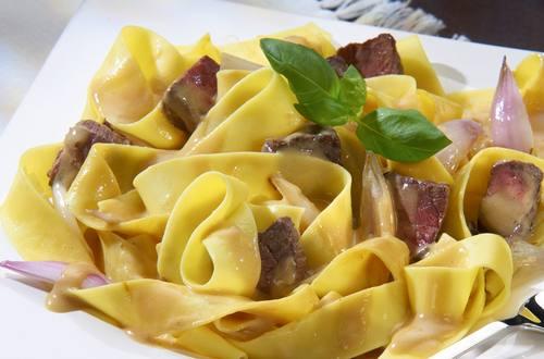 Knorr - Pappardelle mit Rindfleisch und Schalotten