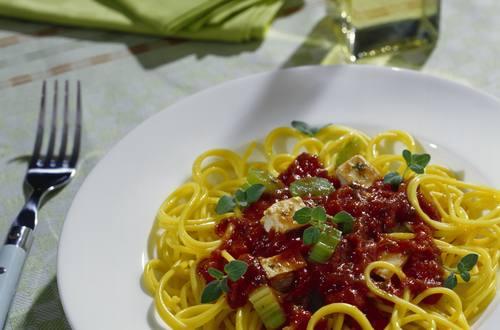 Knorr - Spaghetti mit Tofu-Gemüsesauce