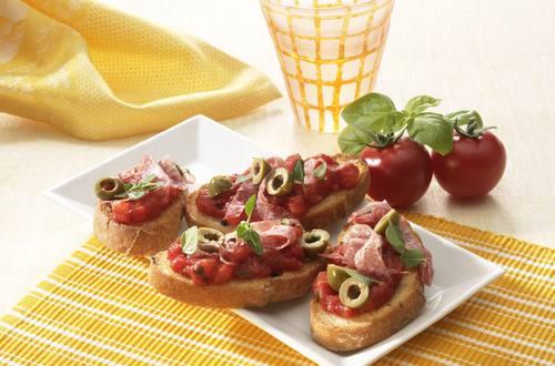 Knorr - Bruschetta mit Salami und Oliven