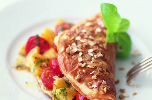 Haferflocken-Omelette_mit_Tomaten-Ananasfuellung