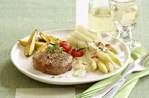 Knorr - Rindersteaks mit Kirschtomaten-Hollandaise