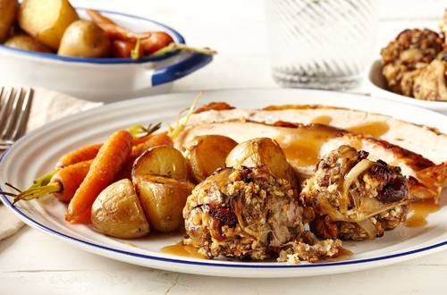 Classic Thanksgiving Turkey Stuffing