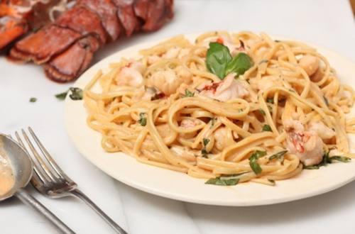 Lobster Parma Rosa Linguine