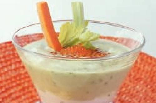 Knorr - Geeiste Kartoffelschaumsuppe mit Gemüsestäbchen