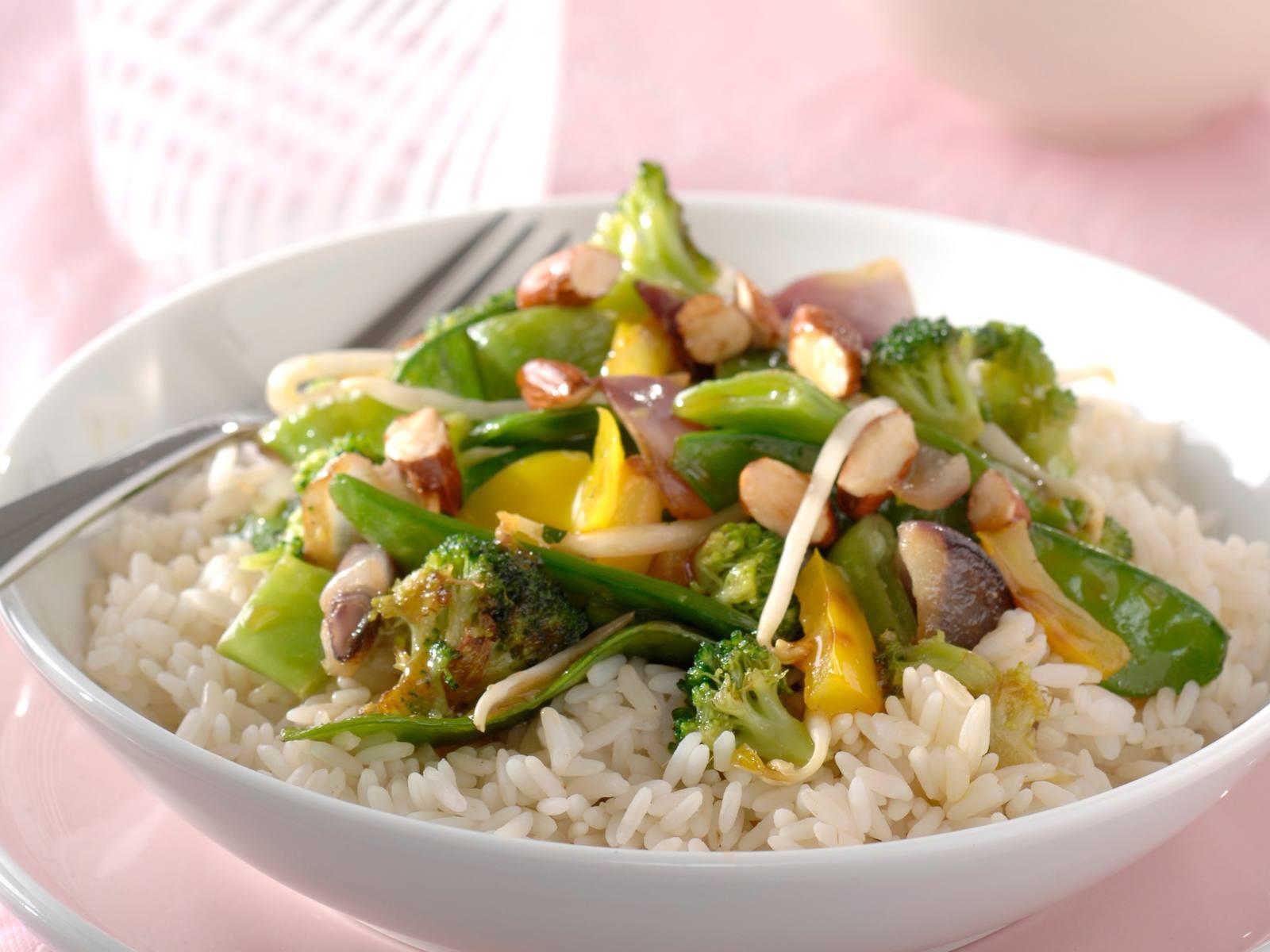 Chinese Five Spice groenten met amandelen