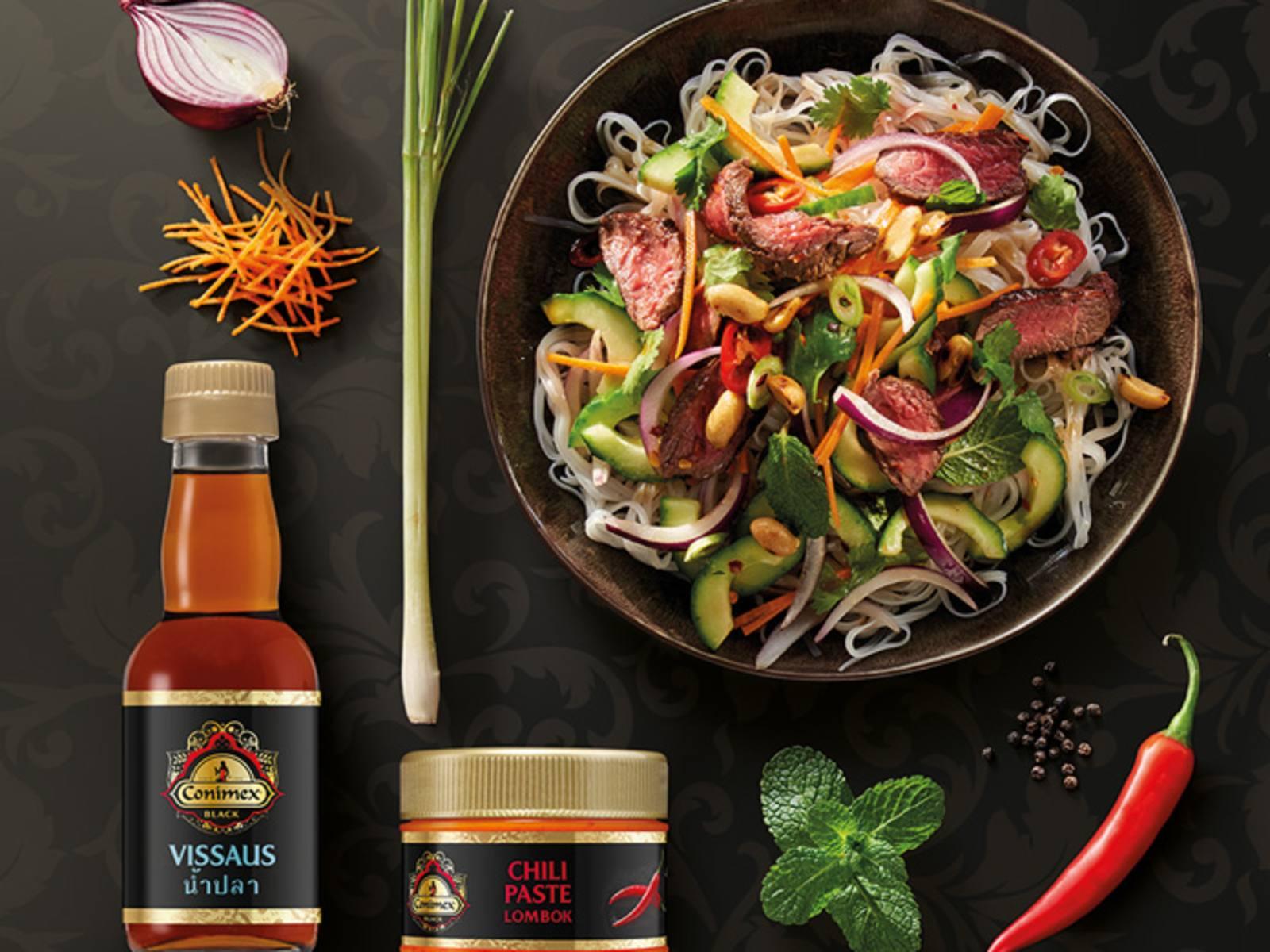 Vietnamese noedelsalade met biefstuk
