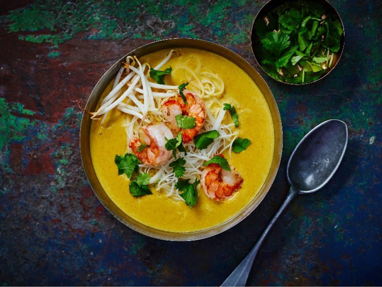 Laksa Curry met garnalen en rijstnoedels