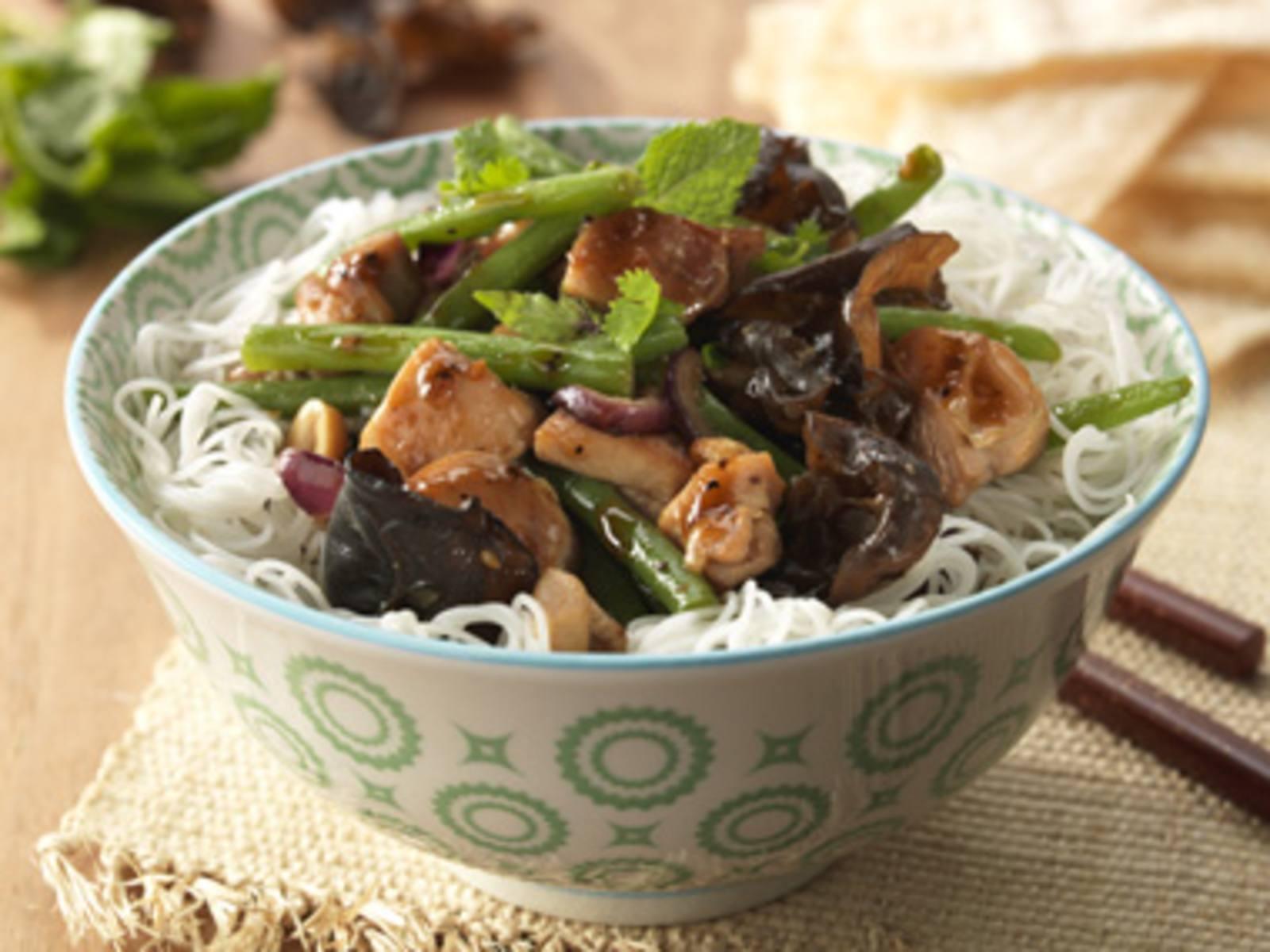 Kip met haricots verts en Soja, Ginger & Black Pepper