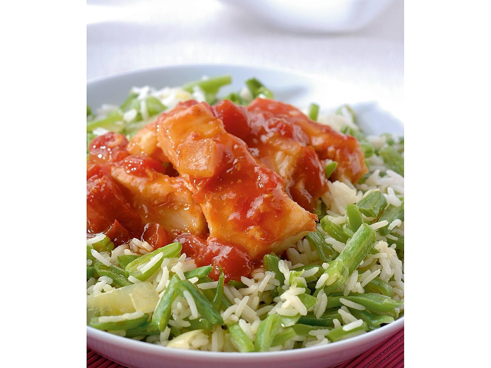 Visfilet in sambal tomatensaus