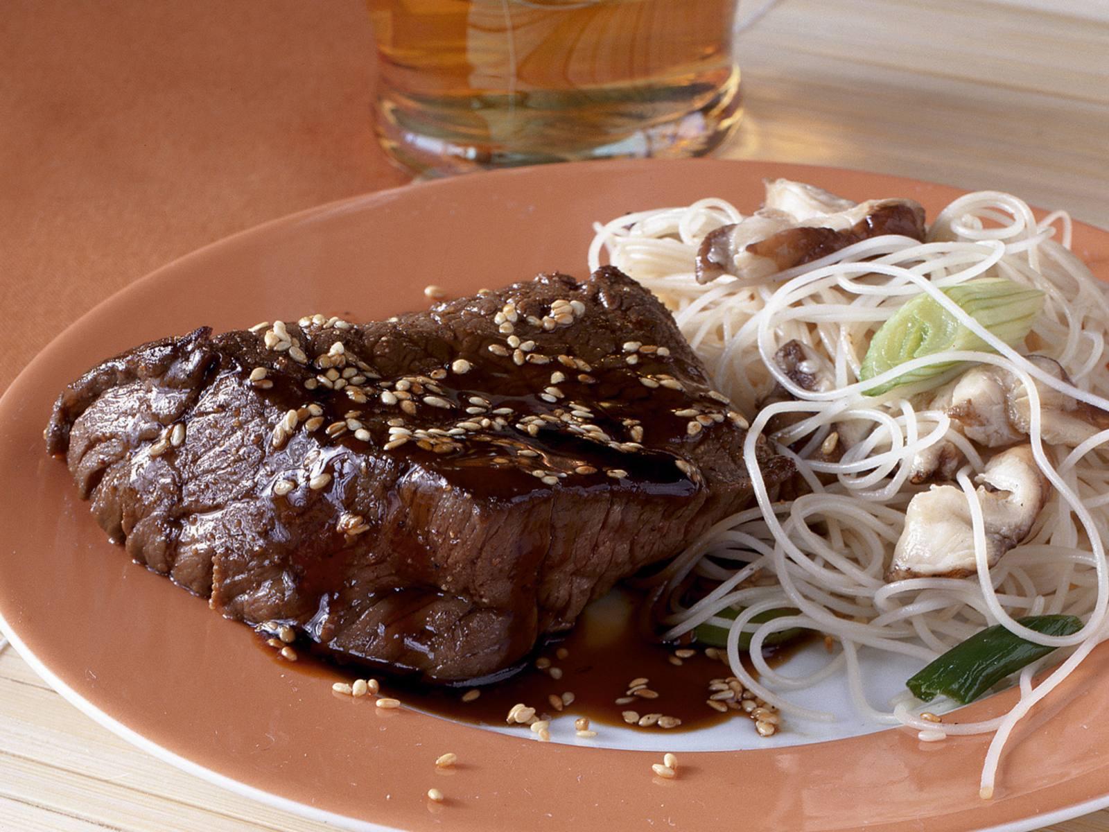 Gegrilde biefstuk met teriyakisaus